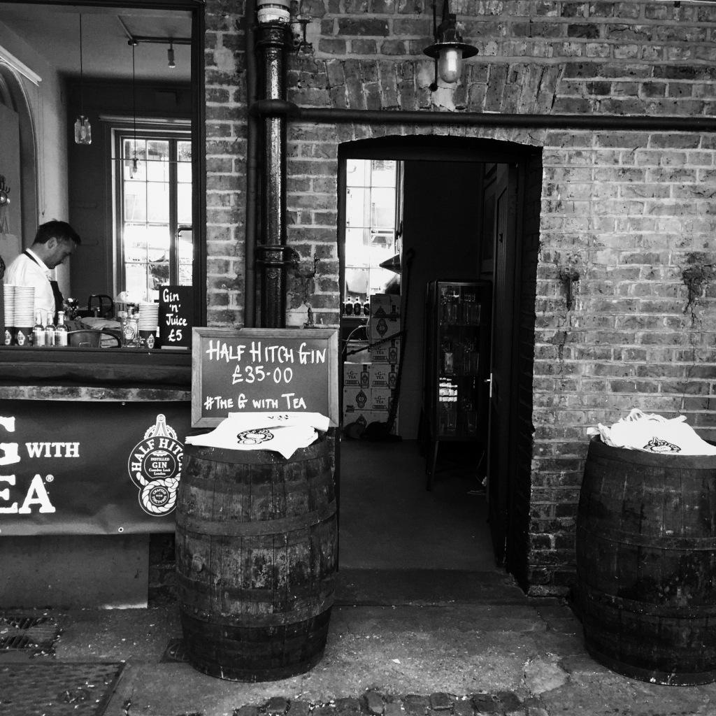 A bar in Candem